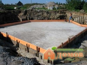 1371674245_monolitnyj_fundament_pod_dom_1