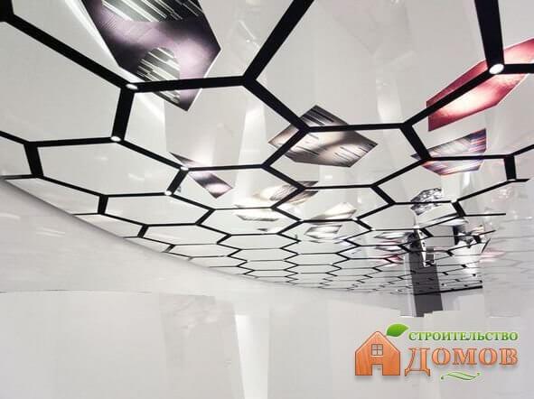Пластиковый зеркальный потолок. Его преимущества и недостатки, секреты монтажа