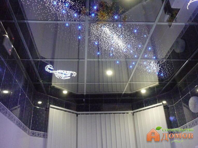 Зеркальный потолок для ванной. Его разновидности и преимущества