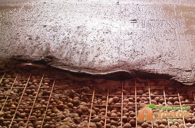 Утепление бани керамзитом