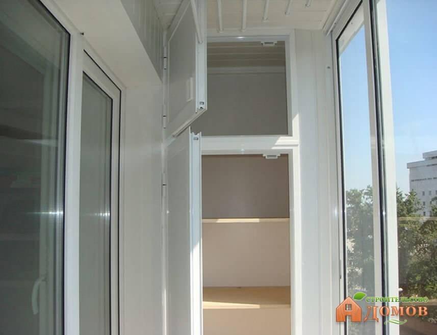 Шкафы для хранения на балконе: разновидности, материалы, выбор