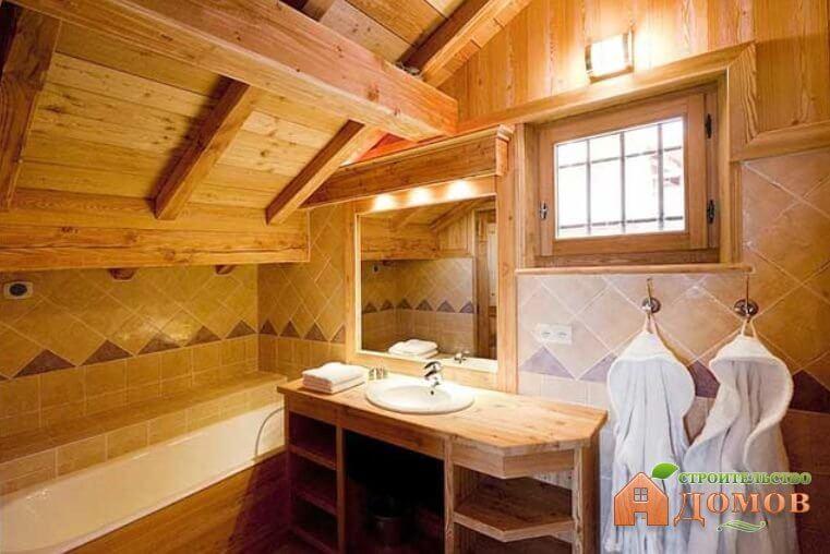Плитка на деревянные стены: варианты укладки
