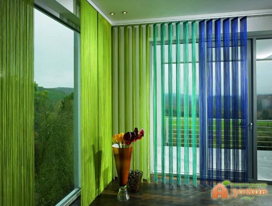 Нитевые шторы в интерьере: их особенности, преимущества