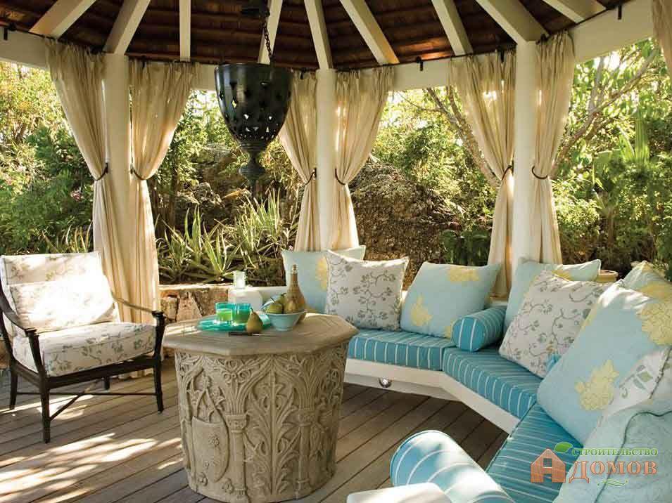 Мебель для террас и веранд: какую выбрать?