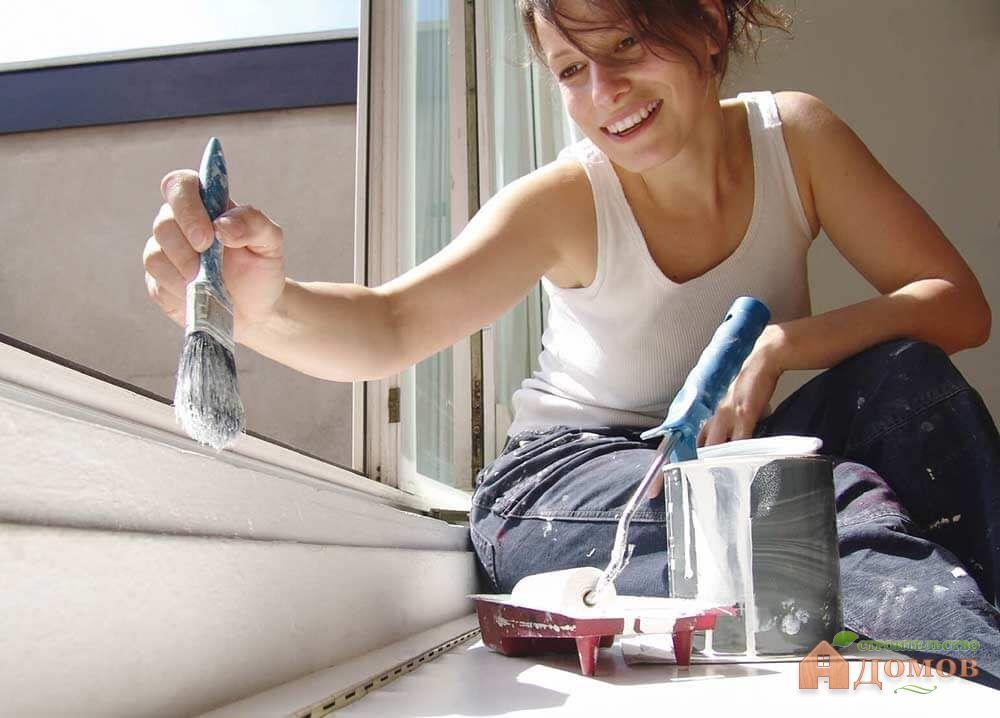 Покраска деревянных окон своими руками: какой краской лучше красить и как это сделать?